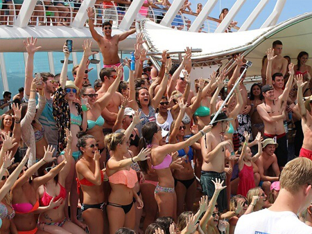 Party Cruises 8