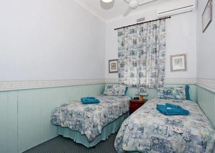 Jacaranda Guesthouse 4