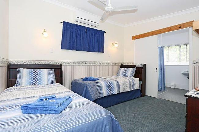 Jacaranda Guesthouse 5