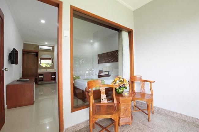 Dewi-Sri-Hotel-4