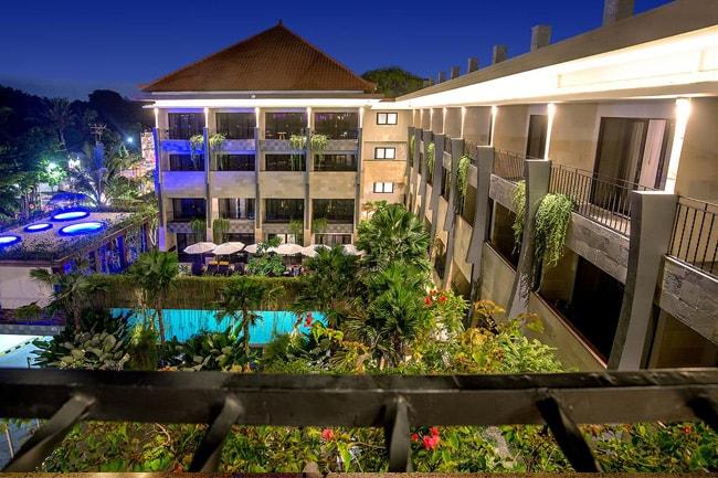 Sol-House-Bali-Legian-6