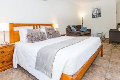Inn-Tuarts-Guest-Lodge-3