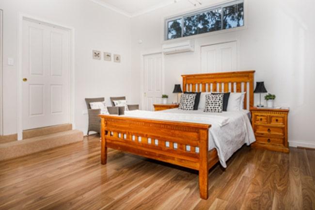Inn-Tuarts-Guest-Lodge-5