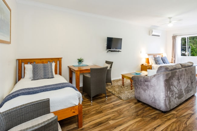 Inn-Tuarts-Guest-Lodge-6