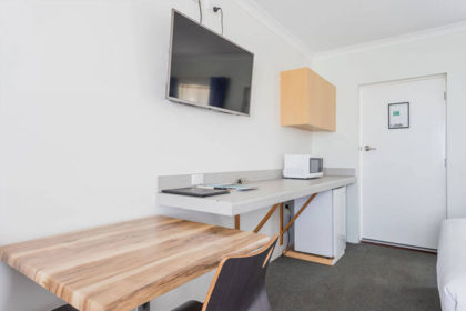 BUSSELTON-MOTEL-DBL-SINGLE-ROOM-2