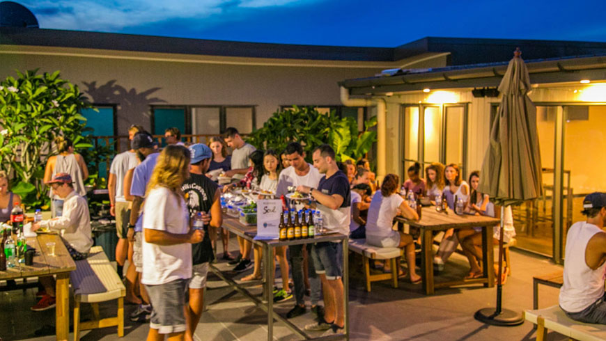 Best-Rated-Schoolies-accommodation-Byron-Bay-Beach-Hostel