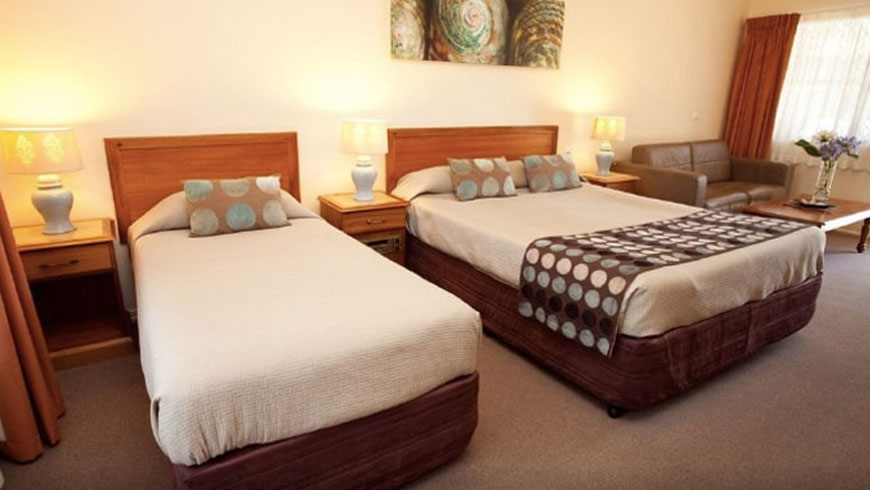 Best-Rated-Schoolies-accommodation-Byron-Bay-Motor-Lodge