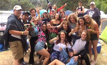 schoolies-campers-thumb