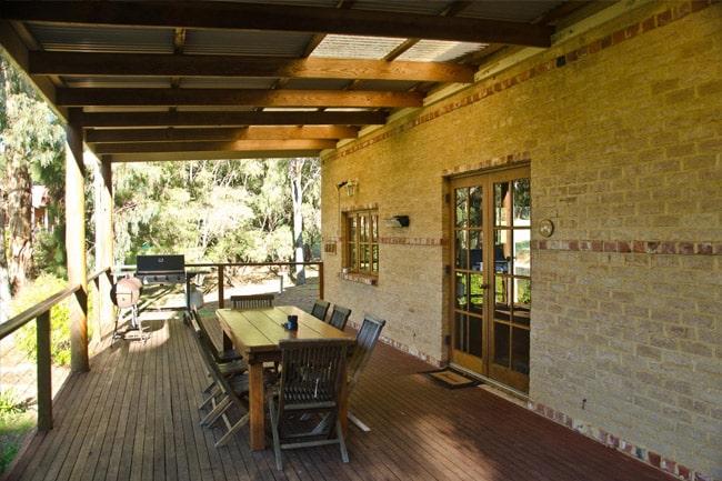 Bushy's-Dream-Cottages-5