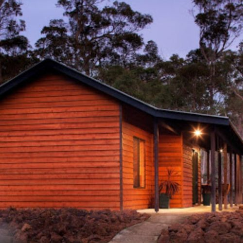 Island-Brook-Estate-Winery-and-Chalets-5